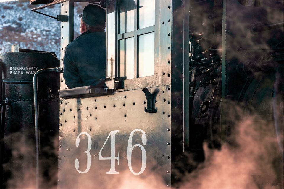 denver rio grande western 346, drgw 346, narrow steam locomotive 346, colorado railroad museum, railroad museum golden colorado, golden colorado, railroad museum colorado, locomotive cab, colorado col